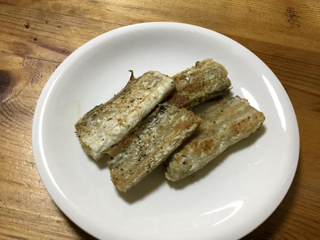 超激ウマ!タチウオ(太刀魚)のムニエルをつくってみた【釣り魚レシピ】