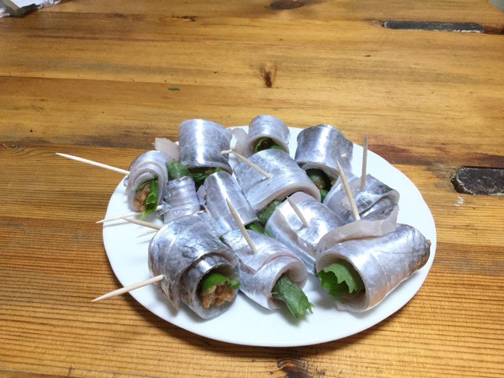 【激ウマ料理】タチウオ(太刀魚)の梅しそ巻き(グリル串焼き)のつくりかた【釣り魚レシピ】