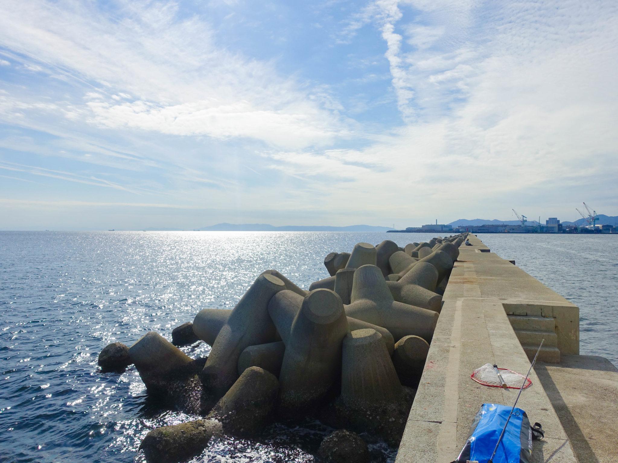 神戸沖堤防「和田防・新波止・ポーアイ」の釣りポイント・アクセス・釣れる魚種まとめ